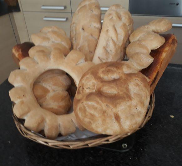 Pan con masa madre y Pan de molde.